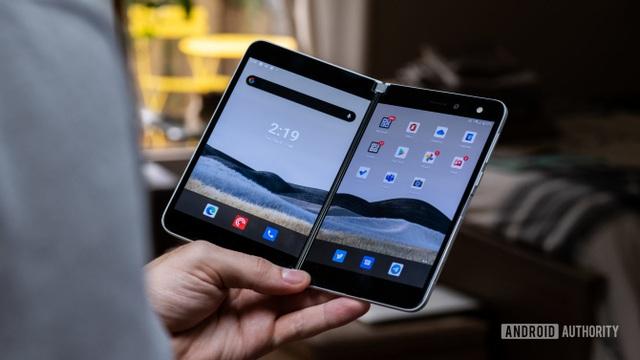 Nhìn lại 7 mẫu smartphone gây thất vọng nhất trong năm 2020 - 2