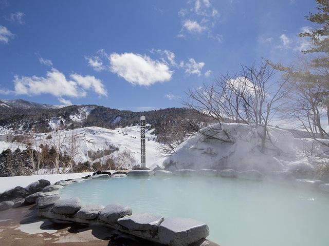 Những onsen ngoài trời đẹp đến nao lòng giữa tuyết trắng mùa đông - 3