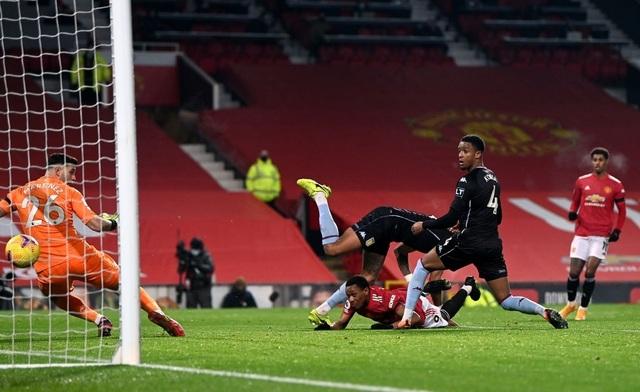 Những khoảnh khắc Man Utd đánh bại Aston Villa - 5