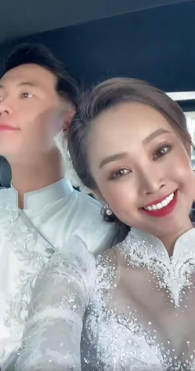 MC sở hữu nụ cười đẹp nhất VTV hạnh phúc rạng ngời bên chồng sắp cưới - 3