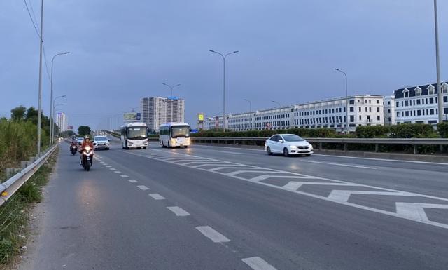 Giao thông cửa ngõ Sài Gòn đông nhưng không tắc - 10