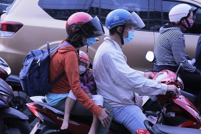 Giao thông cửa ngõ Sài Gòn đông nhưng không tắc - 3