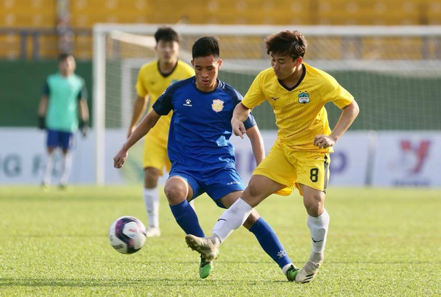 HA Gia Lai hòa Nam Định trong trận đầu HLV Kiatisuk dẫn dắt - 7