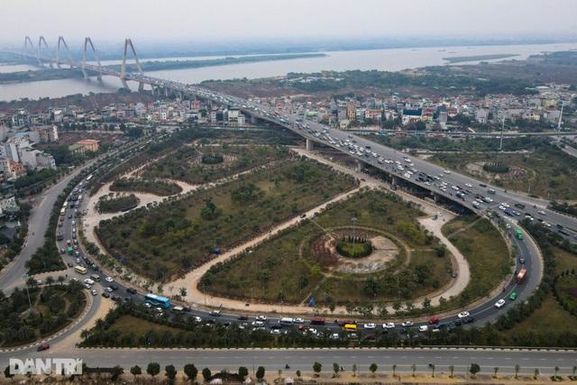 Hàng nghìn ôtô chôn chân tại cầu Nhật Tân ngày cuối kỳ nghỉ lễ - 4