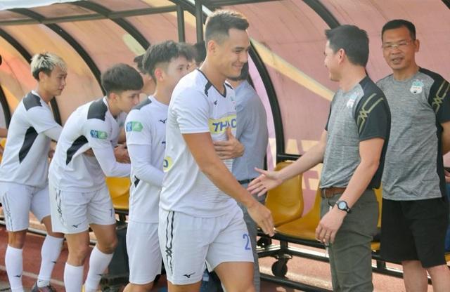 HA Gia Lai hòa Nam Định trong trận đầu HLV Kiatisuk dẫn dắt - 9