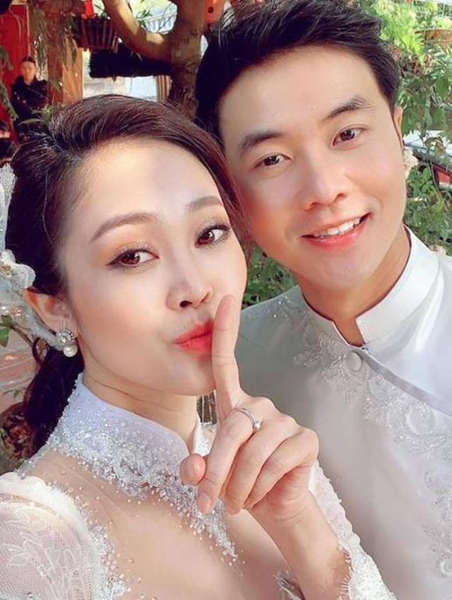 MC sở hữu nụ cười đẹp nhất VTV hạnh phúc rạng ngời bên chồng sắp cưới - 4