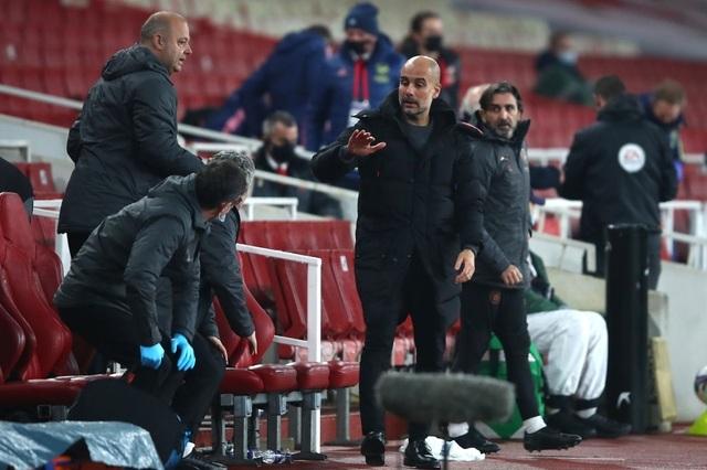 HLV Guardiola rút lại quyết định giải nghệ sớm - 2