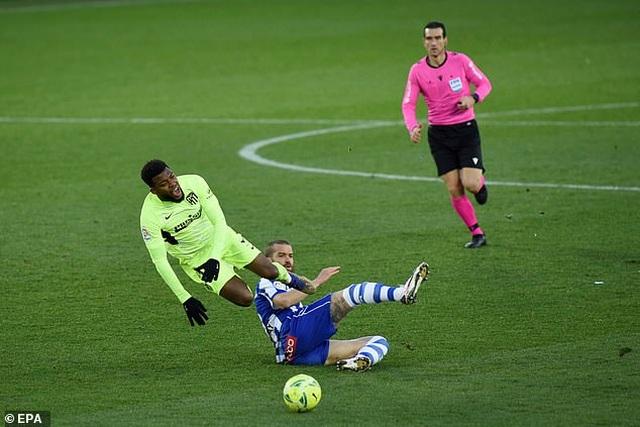 Luis Suarez tỏa sáng giúp Atletico vượt mặt Real Madrid và Barcelona - 6