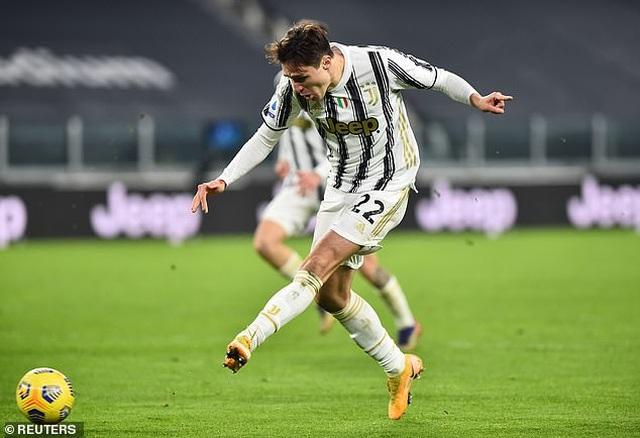 C.Ronaldo tỏa sáng rực rỡ, Juventus đại thắng tưng bừng - 3