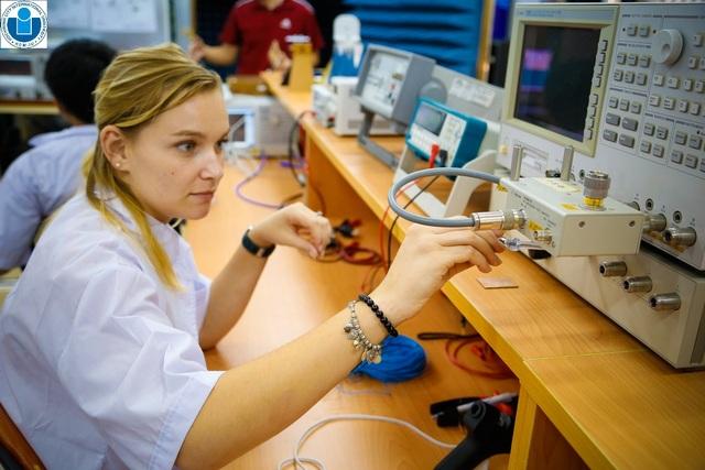 Tuyển sinh 2021: Nhiều ngành học mới, đa dạng phương thức xét tuyển - 4