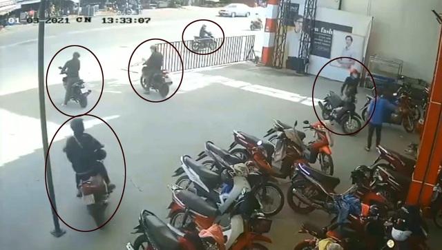 Nhóm đối tượng chuyên dàn cảnh để trộm cướp xe máy - 1