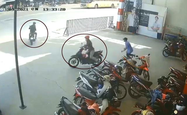 Nhóm đối tượng chuyên dàn cảnh để trộm cướp xe máy - 2