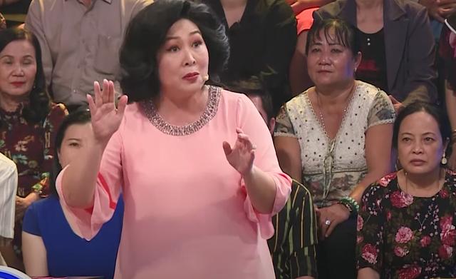 NSND Hồng Vân: Tôi rất sợ Xuân Hinh, không bao giờ dám hỏi tiền - 2