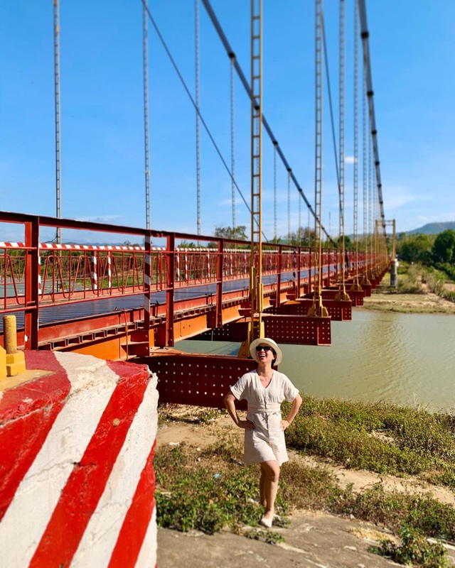 Come to the Central Highlands, do not forget to check-in with the beautiful virtual suspension bridge that loves Kon Klor - 8