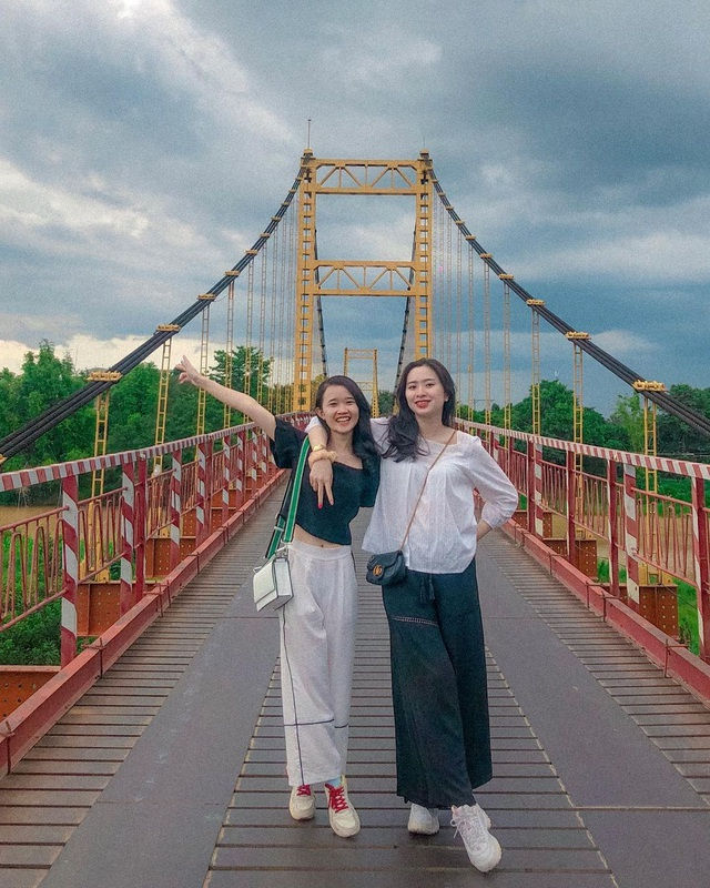 Come to the Central Highlands, do not forget to check-in with the beautiful virtual suspension bridge that loves Kon Klor - 3