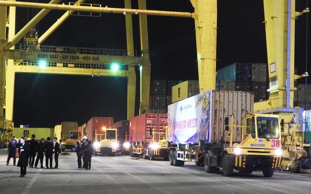 Các cảng biển VIMC đón những tấn hàng đầu năm 2021 - 2