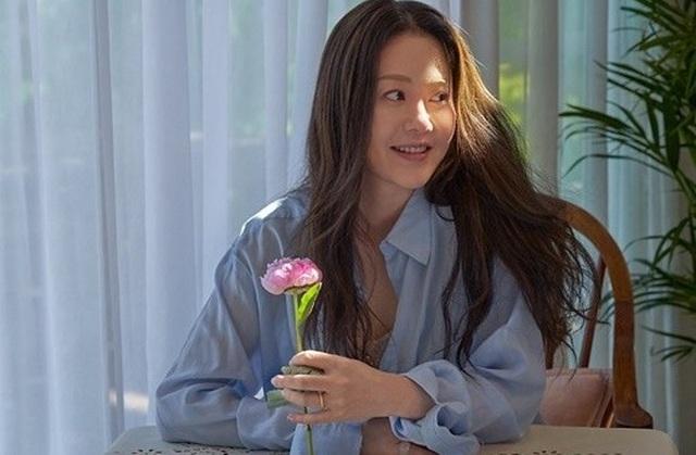 Ngỡ ngàng trước nhan sắc tuổi U50 của mỹ nhân xứ Hàn - 1