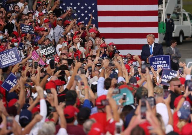 Sức hút của thỏi nam châm Donald Trump với cử tri Mỹ - 2