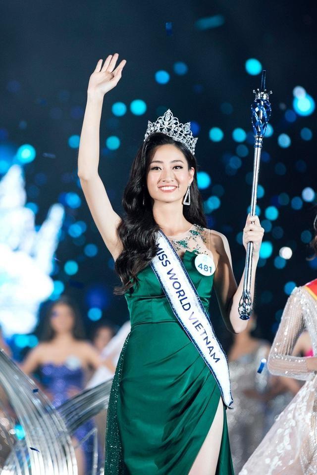 5 nữ sinh vừa đẹp vừa giỏi của lò luyện hoa hậu Đại học Ngoại thương - 3
