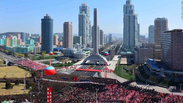 Toàn cảnh con phố hiện đại bậc nhất ở Triều Tiên với loạt cao ốc chọc trời - 5