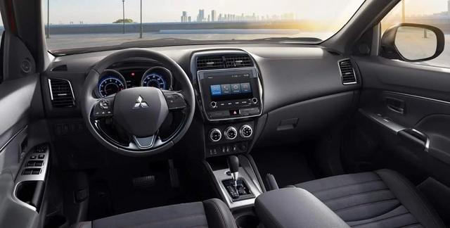 Mitsubishi Outlander 2021 rẻ hơn, nhiều trang bị an toàn hơn - 5