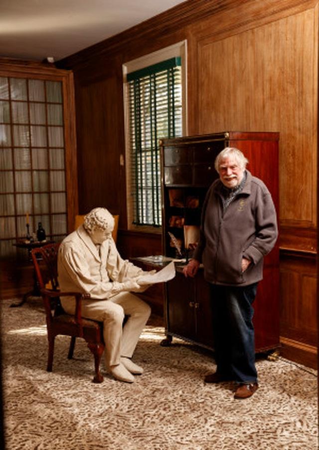 Cụ ông sống miễn phí 30 năm trong dinh thự sang trọng hơn 200 năm tuổi - 11