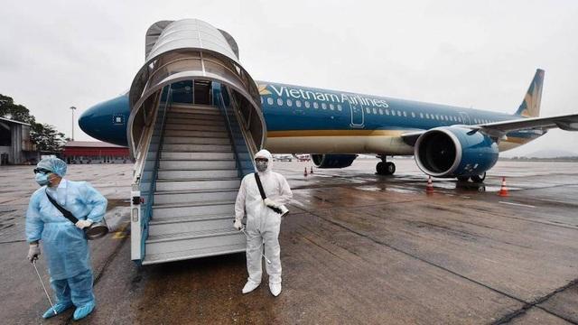 Tạm dừng chuyến bay từ các nước có Covid-19 chủng mới về Việt Nam - 1