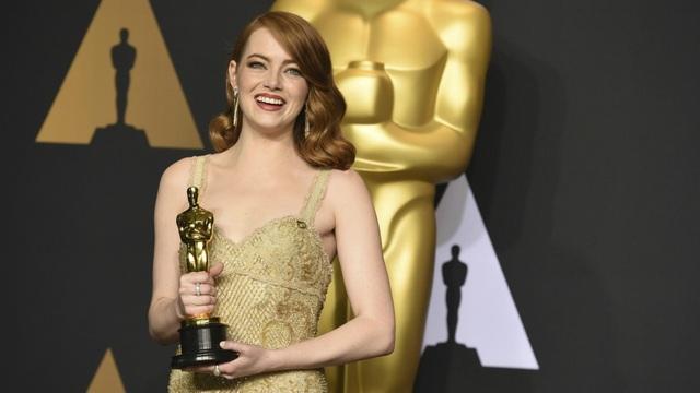 Sao phim La La Land lần đầu lộ bụng bầu - 7
