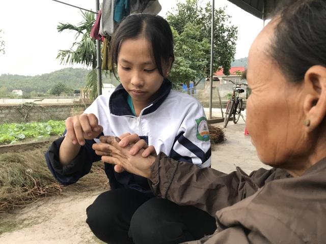 Nữ sinh nghèo đáng thương và sự hồi sinh khó tin của người mẹ câm, điếc - 6