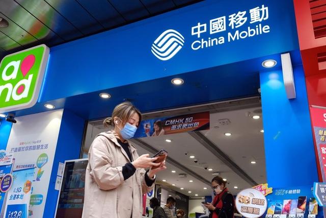 Mỹ hoãn kế hoạch hủy niêm yết 3 công ty Trung Quốc, cổ phiếu tăng vọt - 1
