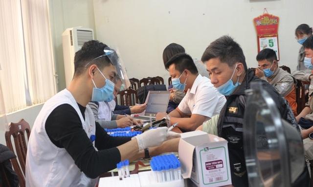 150 đoàn viên, thanh niên Điện lực Hà Nam tham gia hiến máu tình nguyện - 1