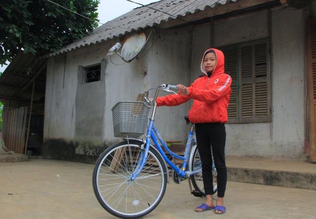 Bạn đọc giúp đỡ người phụ nữ bạo bệnh 26 triệu đồng và 2 chiếc xe đạp - 3