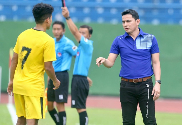 Vòng 1 V-League 2021: HLV Kiatisuk đối đầu ngôi sao Daisuke Matsui - 1