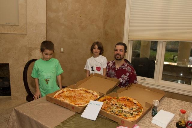 Người đàn ông từng sử dụng 10 ngàn Bitcoin để mua bánh pizza cho con - 1