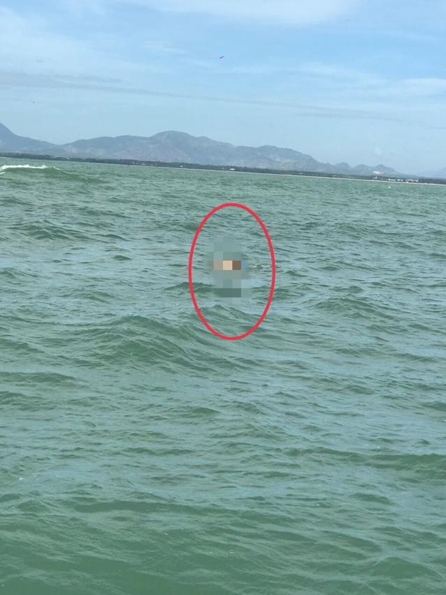 Tìm thấy thi thể 2 du khách bị cuốn trôi khi đi tắm biển đầu năm - 1