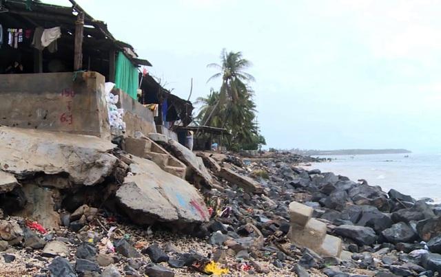 Phú Yên: Triều cường nuốt chửng nhà cửa, người dân lo thắt ruột - 3