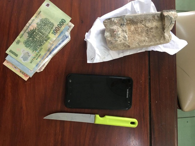 Khởi tố nhóm cướp nhí chuyên cướp tài sản các cặp tình nhân - 2
