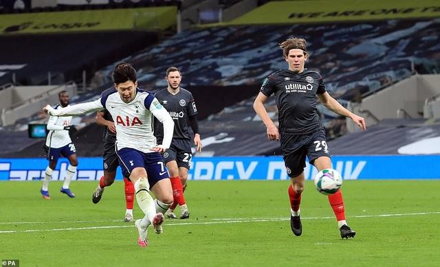 Khoảnh khắc Son Heung Min tỏa sáng đưa Tottenham vào chung kết League Cup - 14