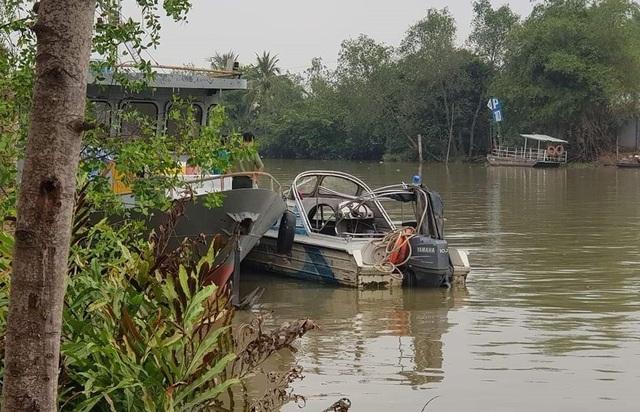 Chủ tịch tỉnh chỉ đạo tìm kiếm cảnh sát mất tích trên sông Hậu - 2