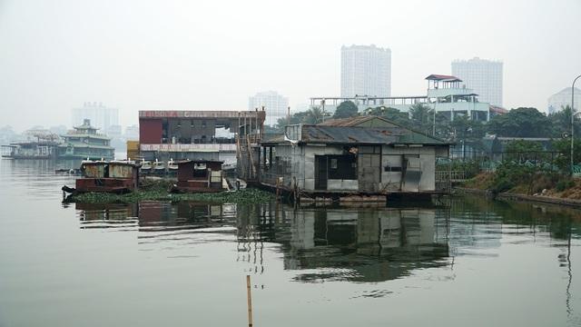 Cận cảnh nghĩa địa du thuyền từng một thời sầm uất bậc nhất Thủ đô - 3