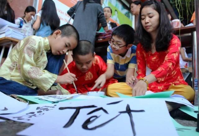 Hà Nội: Công bố lịch nghỉ Tết cho gần 2 triệu học sinh - 1