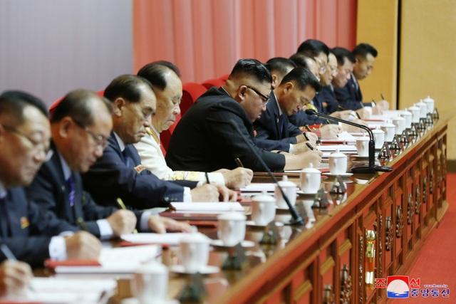 Ông Kim Jong-un thừa nhận kế hoạch kinh tế thất bại - 4