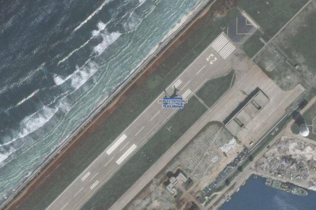 Chuyên gia cảnh báo mối đe dọa của máy bay vận tải Trung Quốc ở Trường Sa - 1