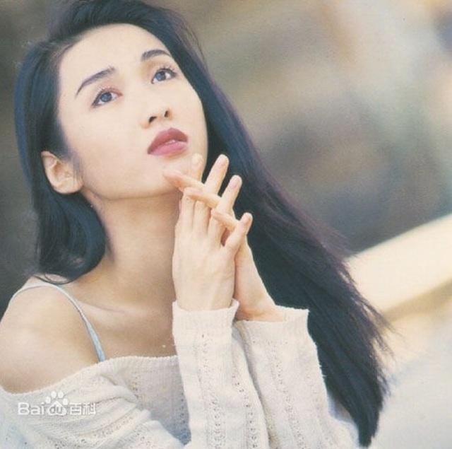 Nhan sắc tuổi 50 của đệ nhất mỹ nhân TVB Lê Tư - 1