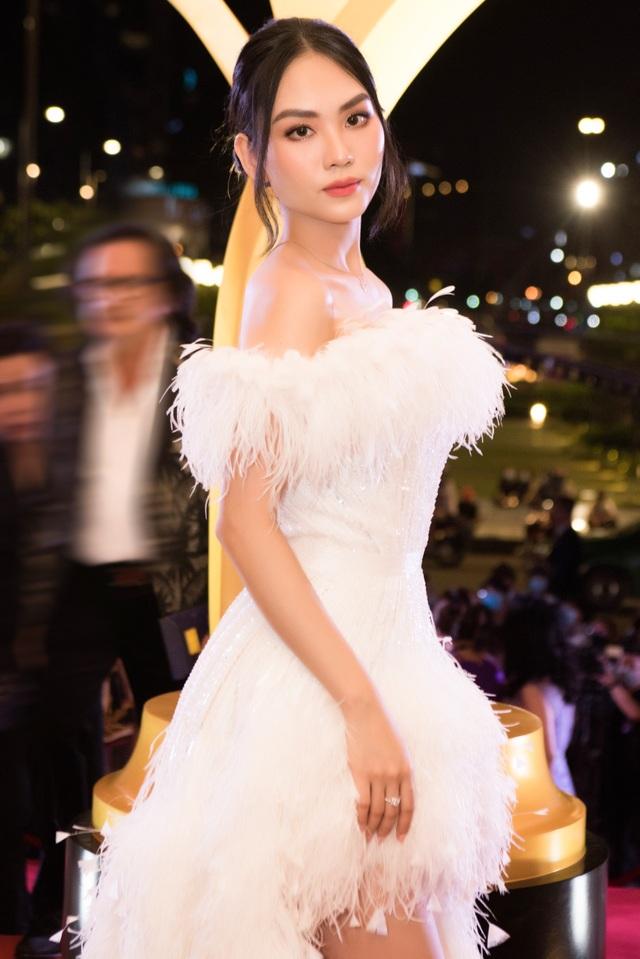 Hoa hậu Đỗ Thị Hà đọ sắc cùng người mới của chồng cũ Lệ Quyên - 14