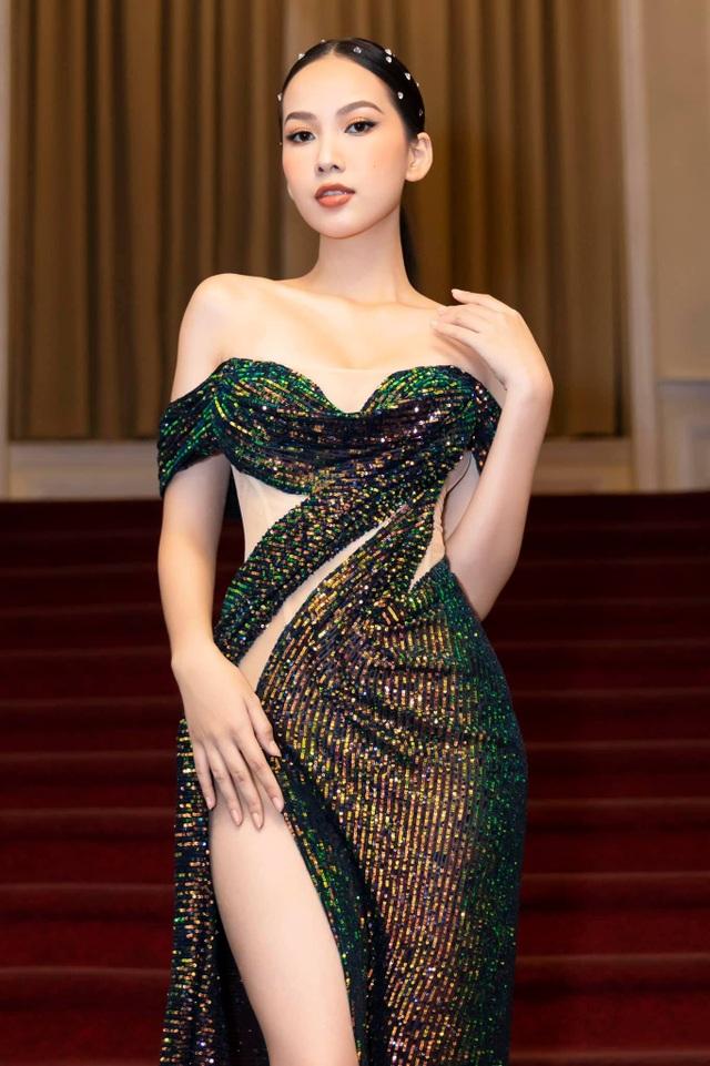 Hoa hậu Đỗ Thị Hà đọ sắc cùng người mới của chồng cũ Lệ Quyên - 16