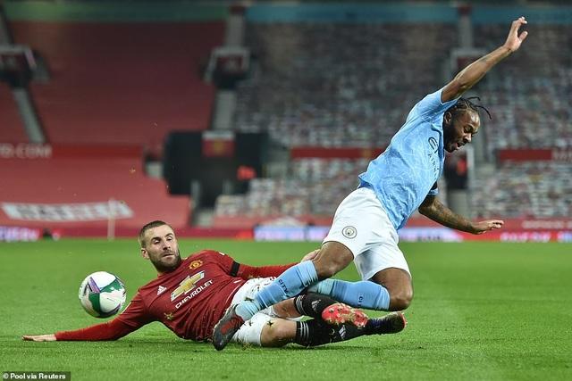 Những khoảnh khắc Man City quật ngã Man Utd tại Old Trafford - 2