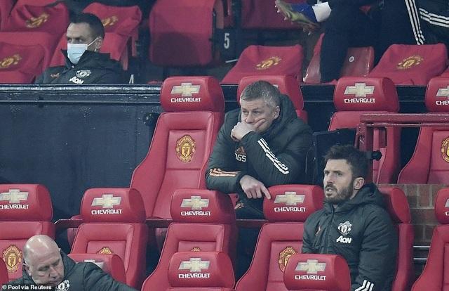 Những khoảnh khắc Man City quật ngã Man Utd tại Old Trafford - 12