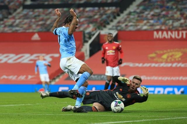 Man Utd 0-2 Man City: Đẳng cấp của nhà đương kim vô địch - 2
