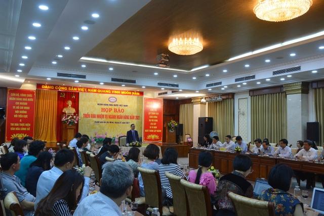 Người Việt thanh toán gần 11 triệu tỷ đồng qua điện thoại di động - 1